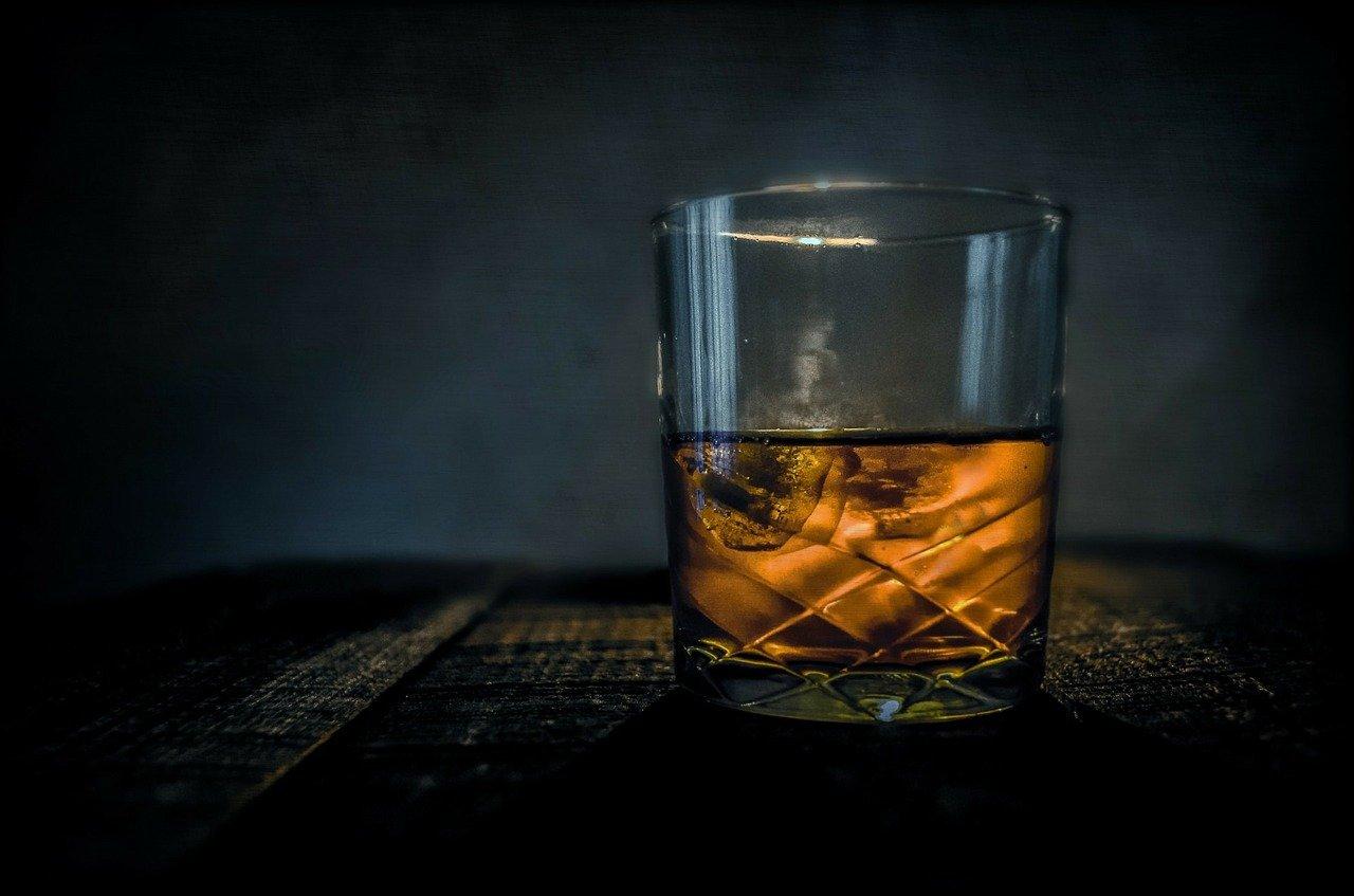 whisky e fazzoletti racconto leggimee