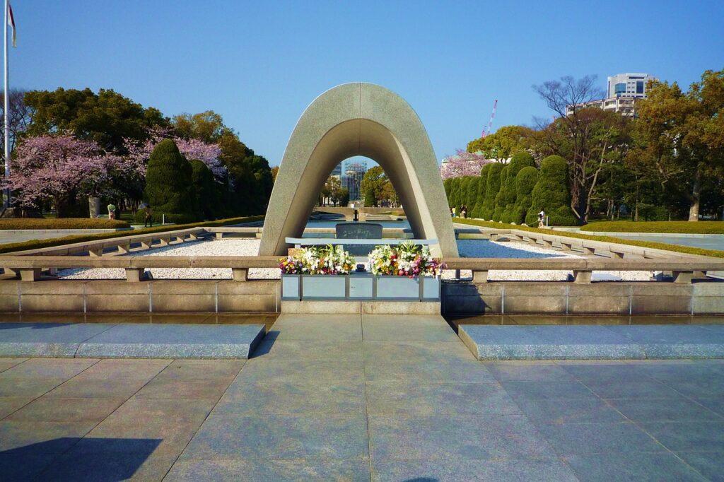 sadako sasaki hiroshima museo memoriale della pace leggimee giappone